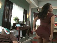 Exotic chick with nice big ass wants her man to please her in every position