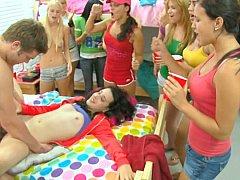 Минет, Колледж, Смазливые, Общежитие, Секс без цензуры, Вечеринка, Студентка, Молоденькие