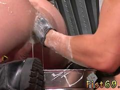 Sexy hunk sucks a dick and gets his asshole fisted