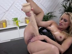 Stellar kitten is peeing and pleasuring smooth pussy