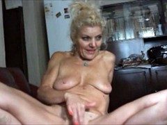 amazing women on the cams 22