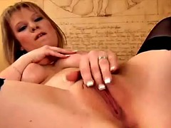 a hot pov solo clip with a kinky blonde babe