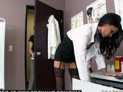 Large Jug BRUNETTE Mom i`d like to fuck DOCTOR Blows off WITH LINGERIE.