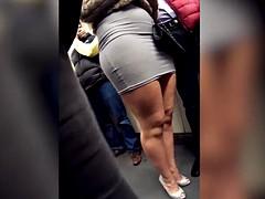 Slet, Onder de rok, Bekijker