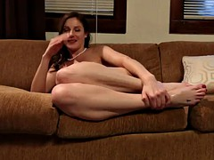 gorgeous babe has her feet worshipes before being fucked