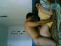 Homemade Arab couple have an intercourse agmad neek