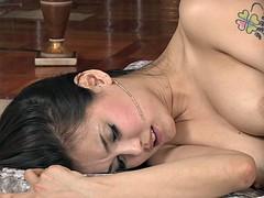 Asiatisch, Braunhaarige, Besamung, Spermaladung, Hardcore, Japanische massage, Pornostars