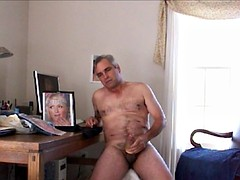paris hilton sex toy plugging
