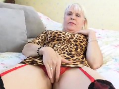 EuropeMaturE Lady Sextasy Solo Play