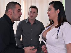 Japanese nurse Tigerr Benson - Double penetration in a hospital bed