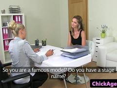 Lesbian agent auditions babe with dyke sex