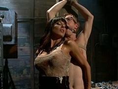 Большие сиськи, Брюнетки, Доминирование, Женщины, Женское доминирование, Секс без цензуры, Властные