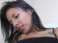 Cute Colombian chicks lez out and eat pussy over a desk