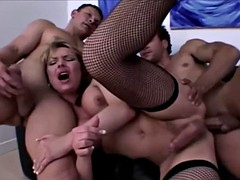 danielle foxxx threesome penetration