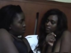 African Lesbians Fuck In Position 69