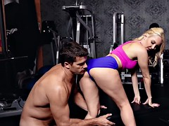 skilled aaliyah love makes a big stiff dick disappear in her cunt