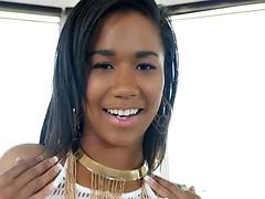 Ebony beauty Loni Legend gets creampied
