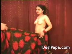 Married Indian Couple Sonia Pussy Fisting By Her Husband