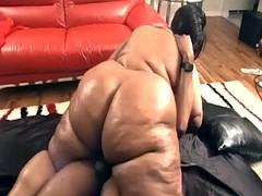 Belle grosse femme bgf, Noire, Noir ébène