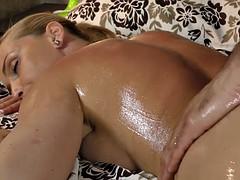 Nana, Tir de sperme, Massage