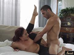 Pussylicked MILF spreads her legs for cock