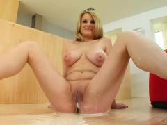 GiveMePink hottie Sandra S masturbating until orgasm at home