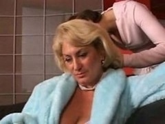Dana Hayes and Wendy James - Grown-up Females With Youn