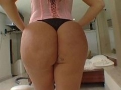 Huge Butt Brazillian POV- Soraya