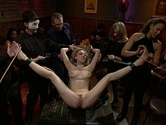 Bondage domination sadisme masochisme, Blonde, Hard, Humiliation, Public, Punition, Pute, Attachée
