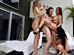 diamond foxxx,cory chase and reagan foxx in hot action
