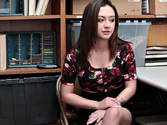 Tir de sperme, Police, Pov, Rasée