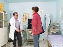 Unpretty Aged Wife At Pervy Gyno Doctor