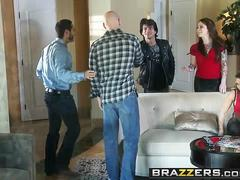 Brazzers - Real Wife Stories - Julia Bond Johnny Sins - Cock n Roll Thanksgiving
