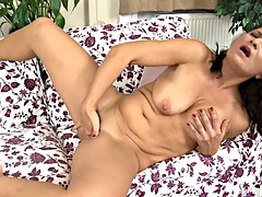 Housewife Plays With Vagina