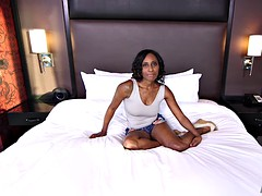 Ebony sex-addicted MILF screams pounded by a white cock