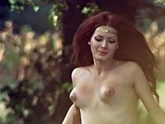 Beroemdheid, Italiaans, Softcore pornografie, Tieten likken