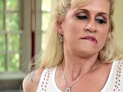 Grosser schwanz, Blondine, Betrug, Geile alte tussi, Milf, Ehefrau