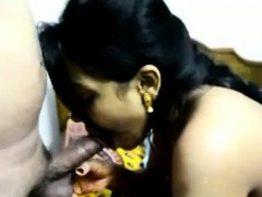 Desi Indian wife first time blowjob on Cam - ChoicedCamGirls