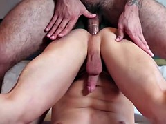 Muscleman ricky Bohrer neighbors ass on the resolution with gf