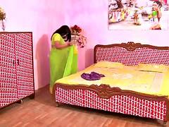 デカパイ, インド人, シャワー