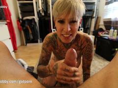 Amateur, Grosse bite, Tir de sperme, Allemand, Mature, Piercing, Pov, Tatouage