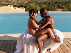 Ebony Sex Breakthrough Outdoor