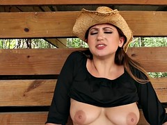 Lesbian country babes licking pussies in the ranch