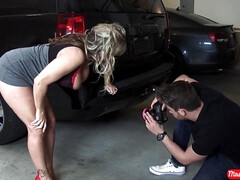 lucky photographer - big ass pornstar mature Amber Lynn Bach with monster boobs