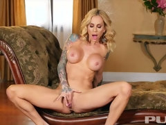 Tattooed Milf makes sure she satisfies her soaking wet pussy