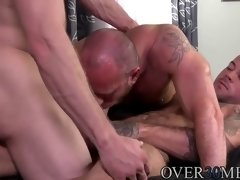 hotties take turns fucking each other