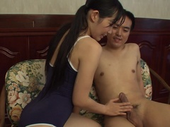 Gorgeous Yui Kasugano brings man to ejaculation